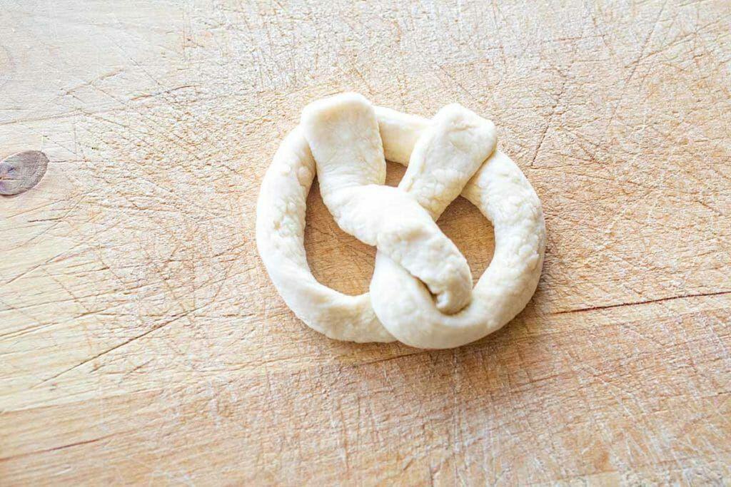 shape the pretzels