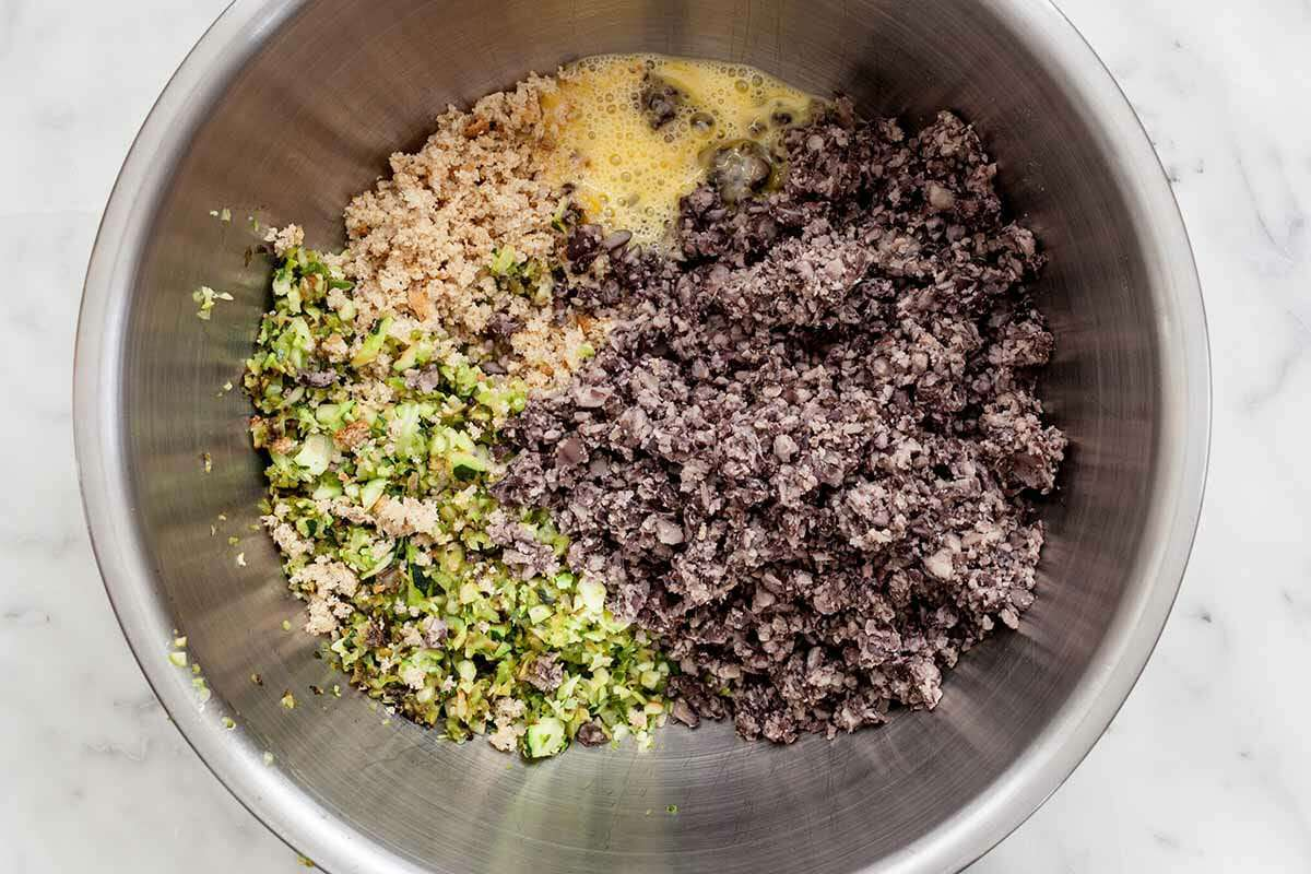 Spicy Black Bean Burgers Recipe mix the beans and veggies