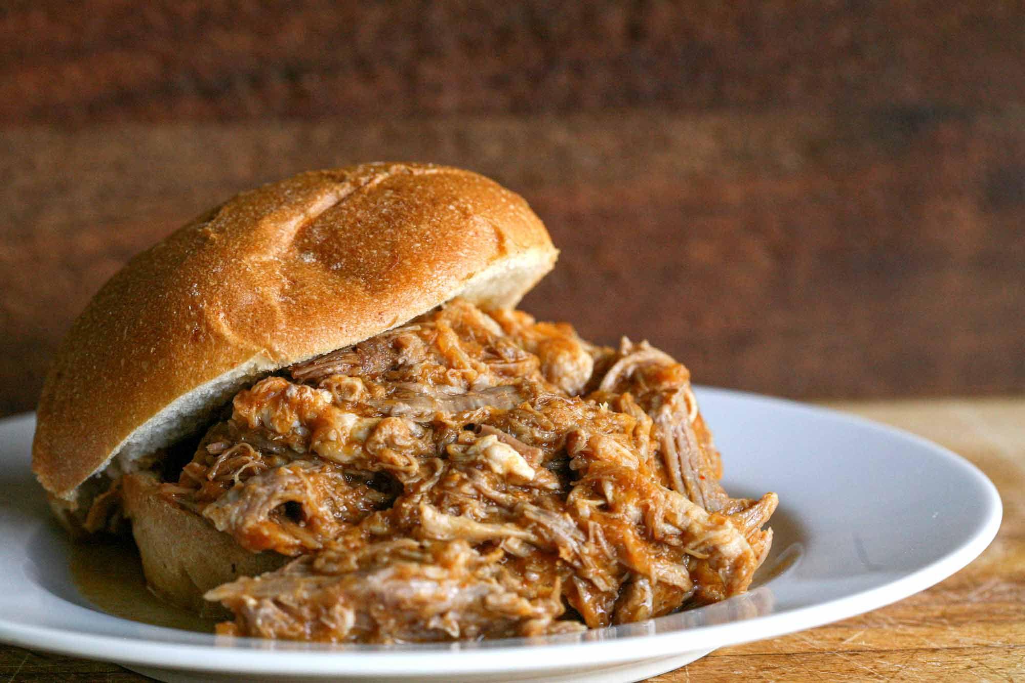 Pulled Pork Sandwich {Easy Stove Top Method}