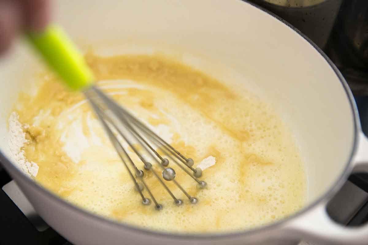 broccoli-cheddar-mac-cheese-method-2