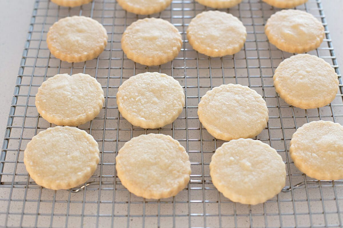 Shortbread cookies cooling on a wire rack