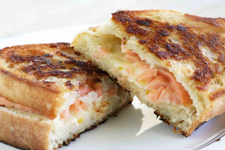 smoked salmon grilled cheese sandwich