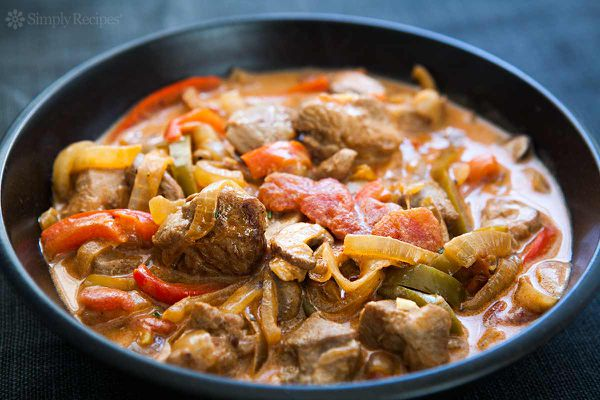 Turkey Stew with Mushrooms and Peppers