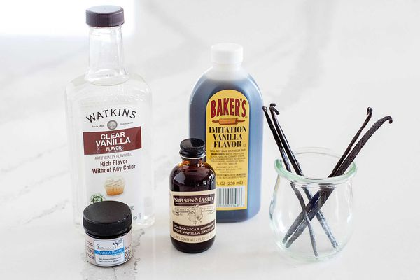 Guide to vanilla extracts and vanilla beans
