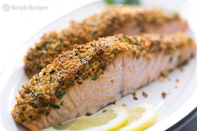 Panko-Crusted Baked Salmon on a platter