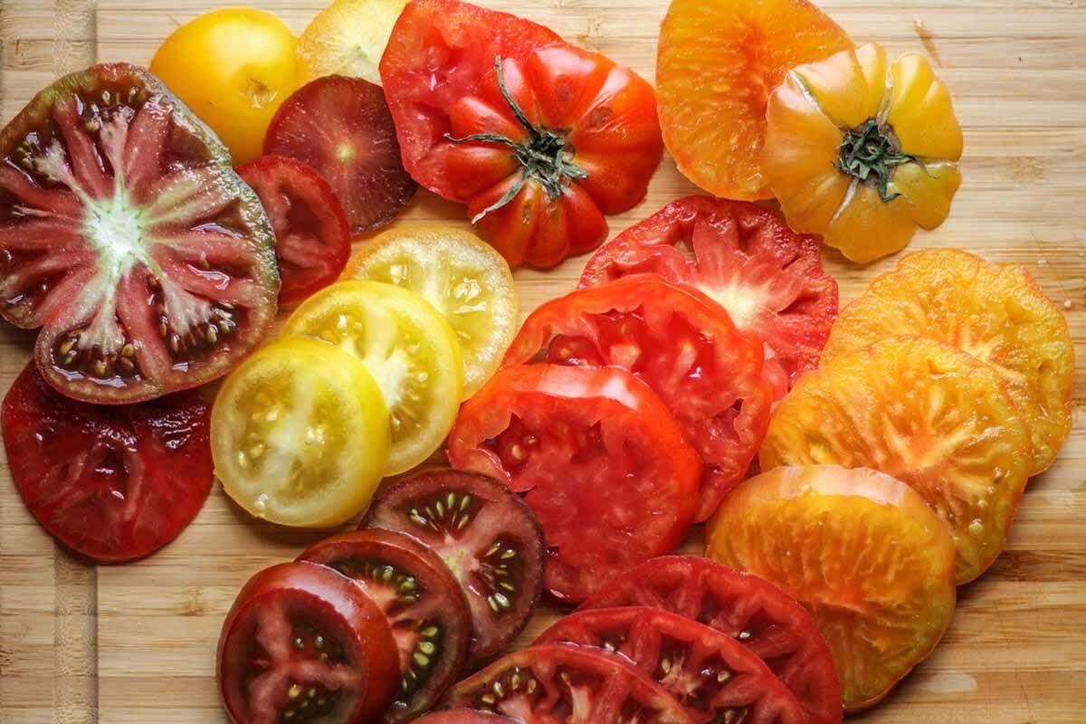 Heirloom Tomato Tart Recipe add the tomato layer