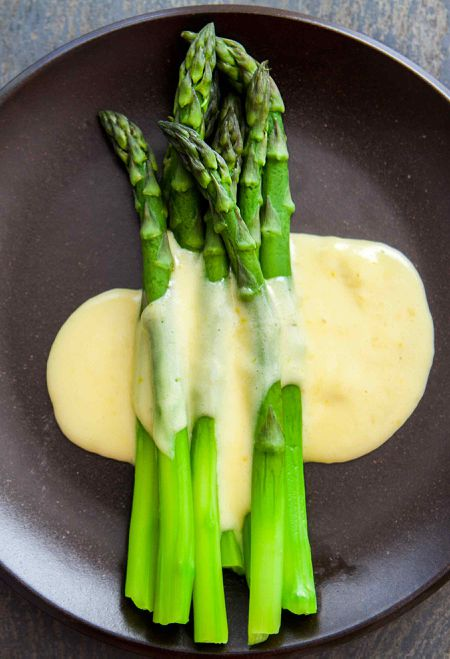 Steamed Asparagus And Homemade Hollandaise