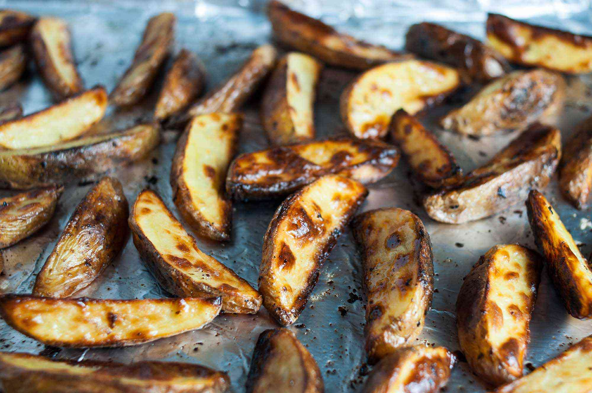 Baked potato wedges for fish and chips