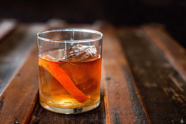 Old fashioned cocktail made with bourbon or rye whiskey