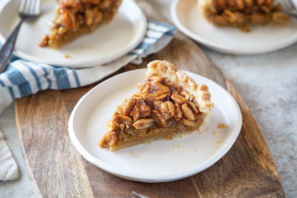 Virginia Peanut Pie with Porter on white plates.