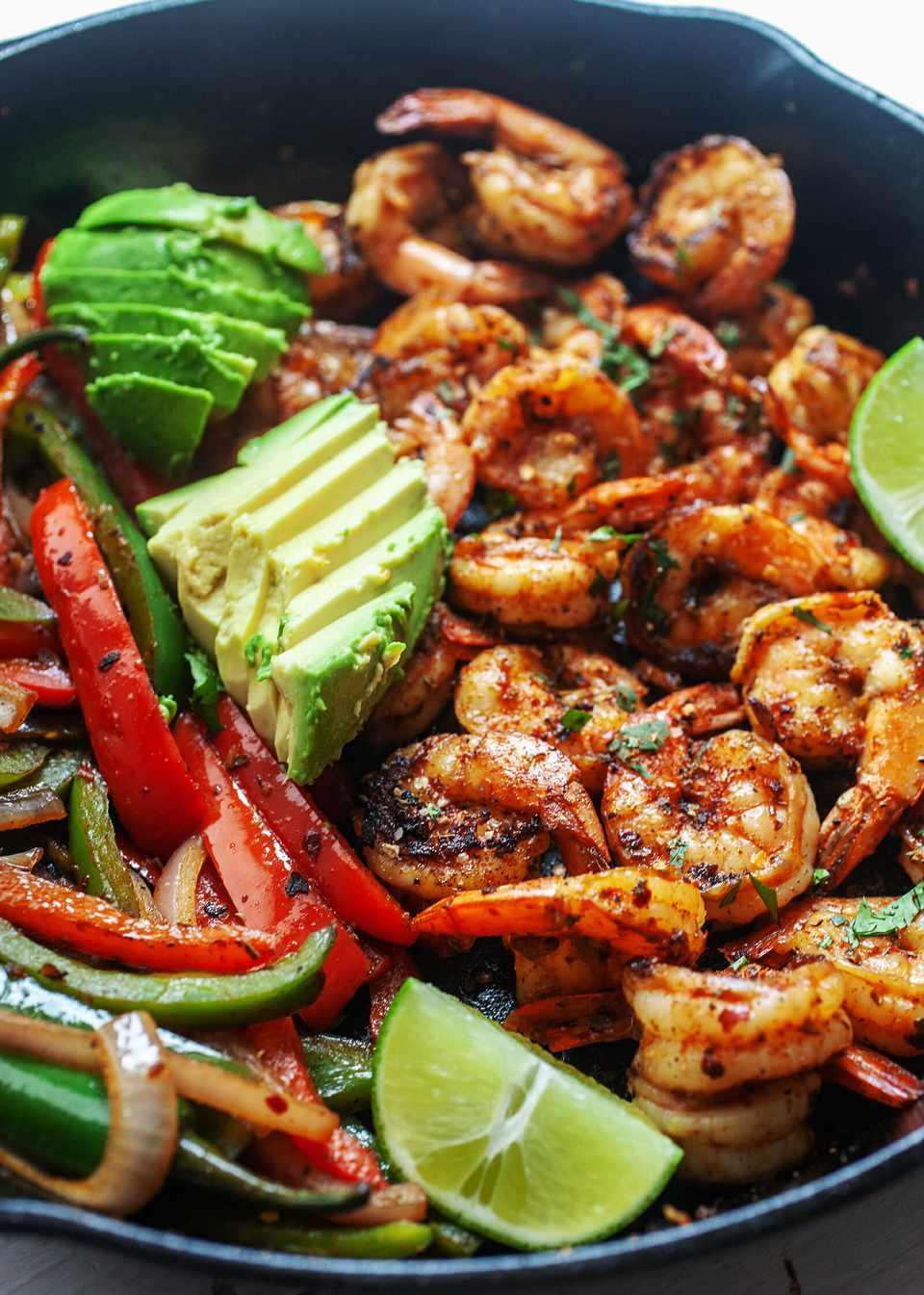 How to Make Shrimp Fajitas