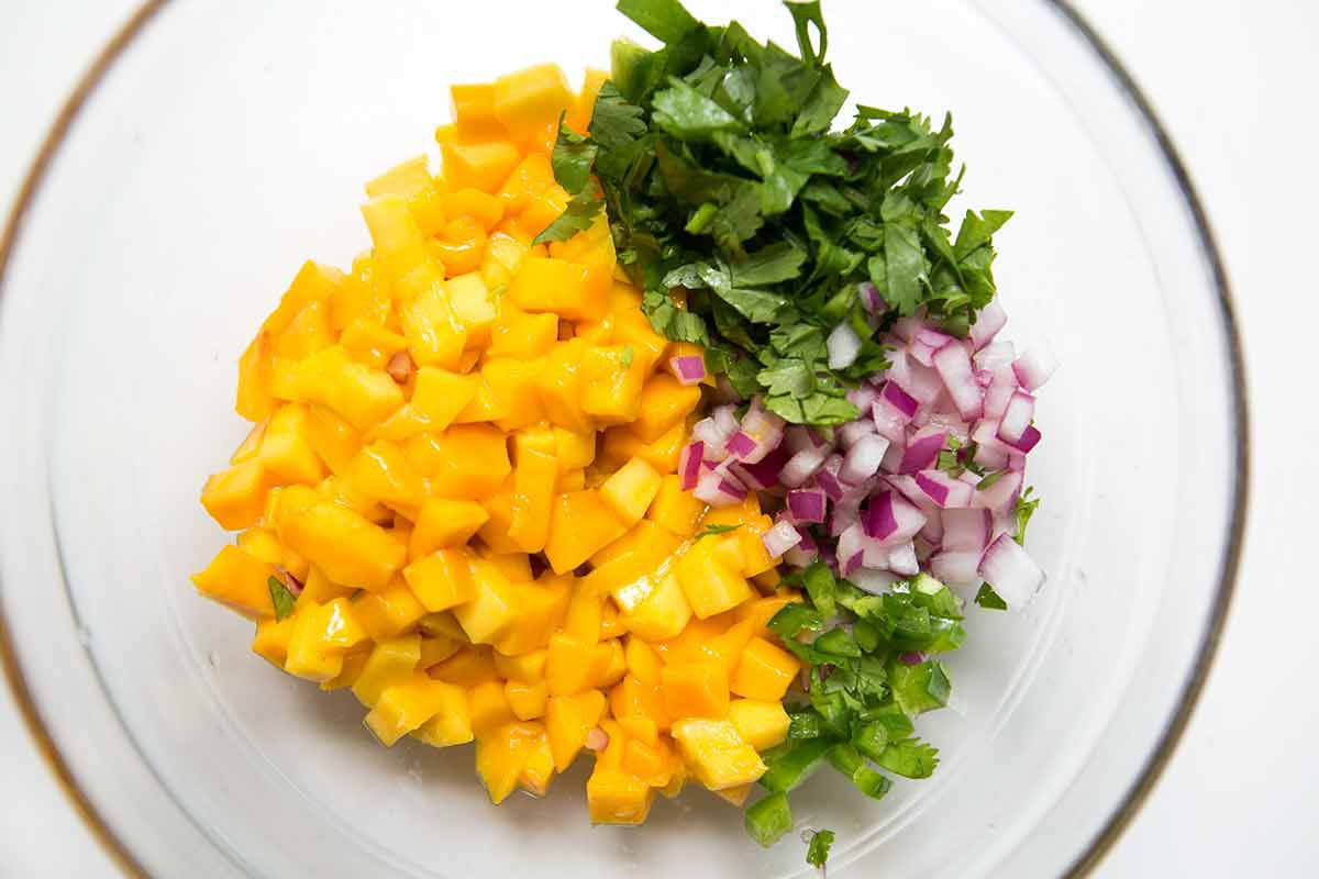 mango-salsa-method-1