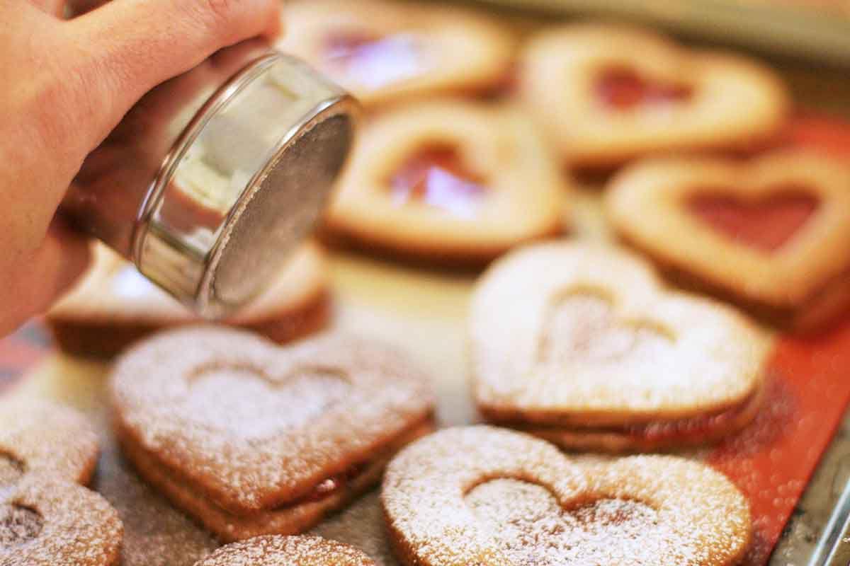 valentine-linzer-cookies-method-6