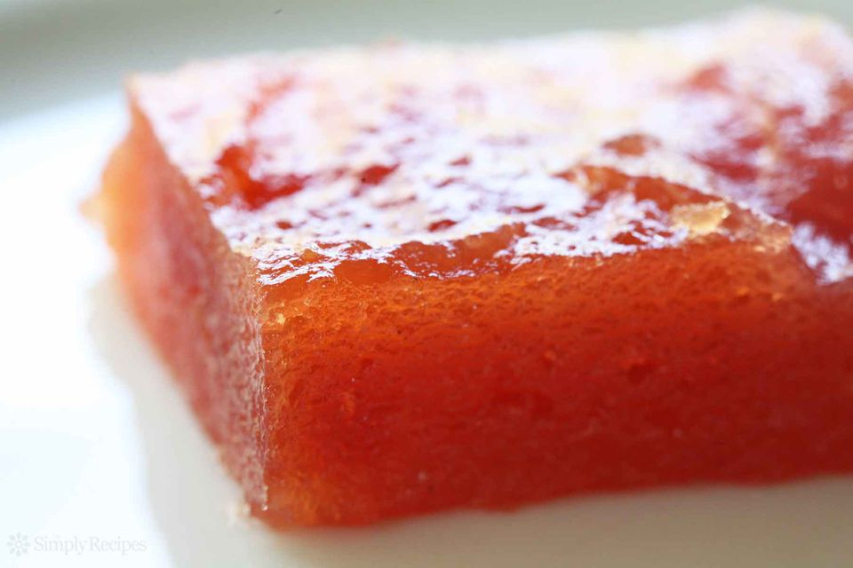 How to make membrillo quince paste