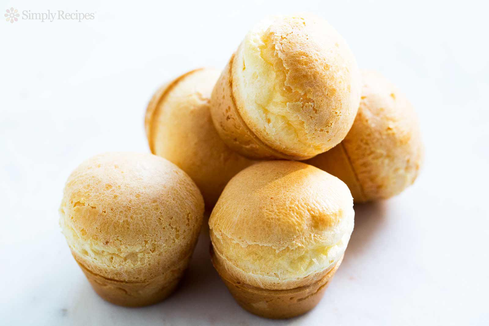 Easy Brazilian Cheese Bread (Pão de Queijo)