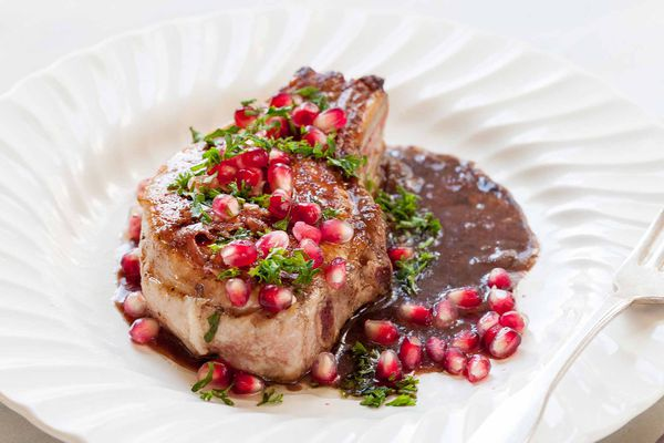 Pork Chops with Pomegranate Glaze