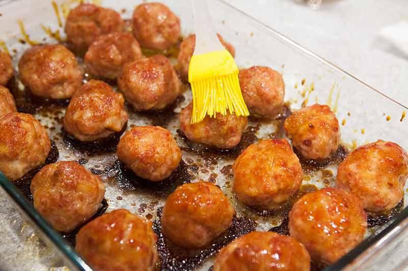 pineapple-glazed-ham-balls-method-4