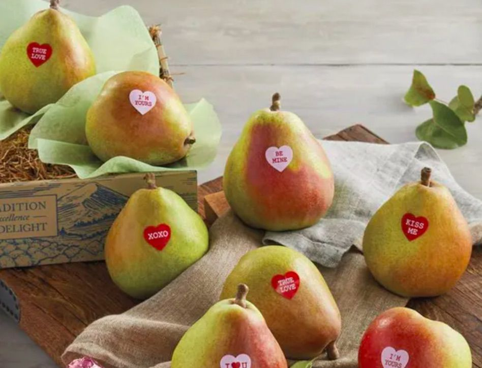 Harry & David Valentine's Day Pears Gift Basket