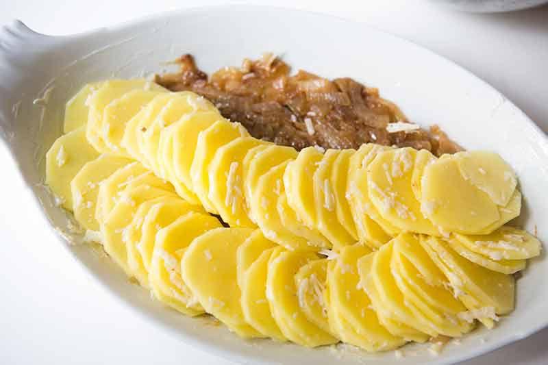 scalloped-potatoes-gruyere-method-3
