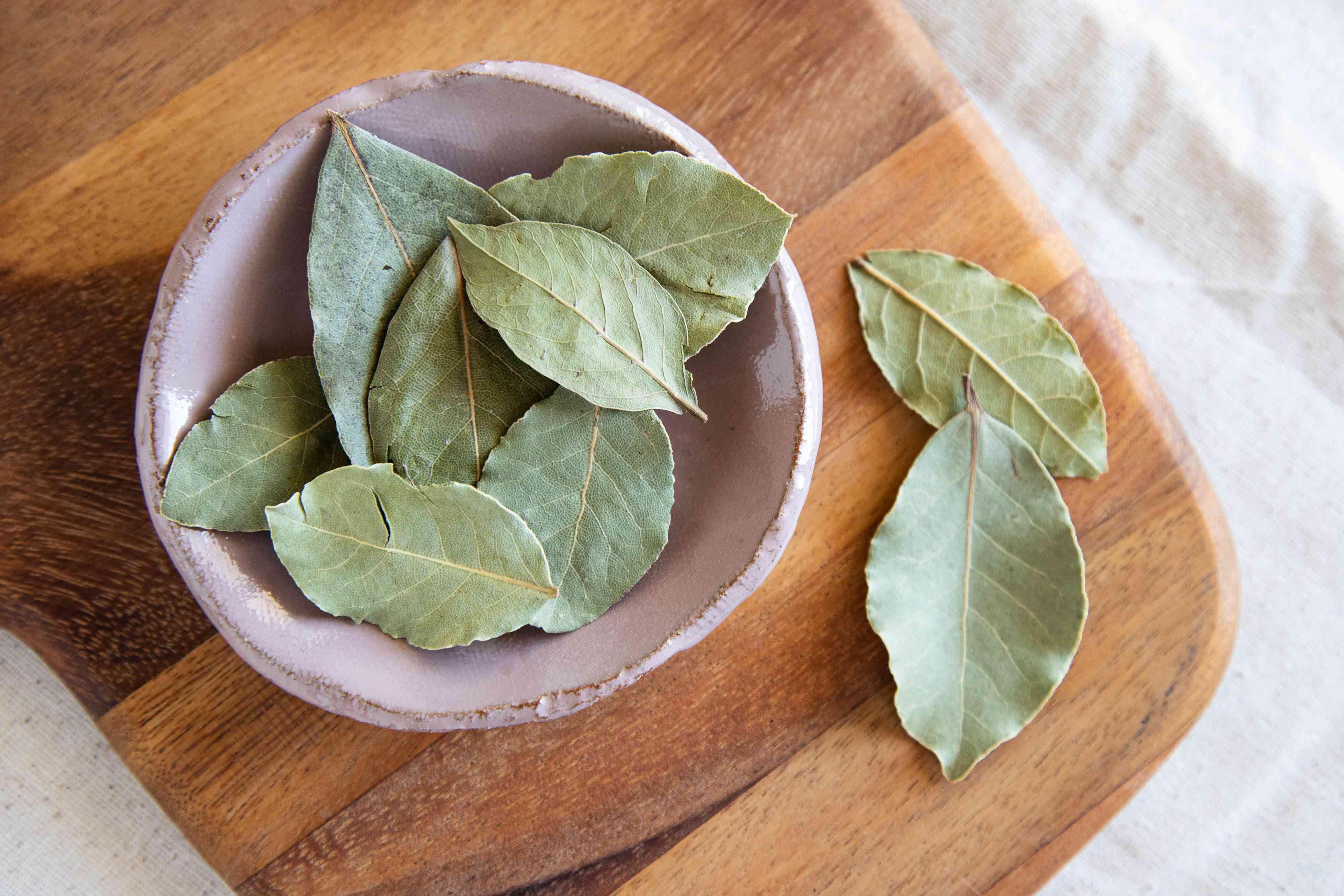 Fried bay leaves in lavender bowl