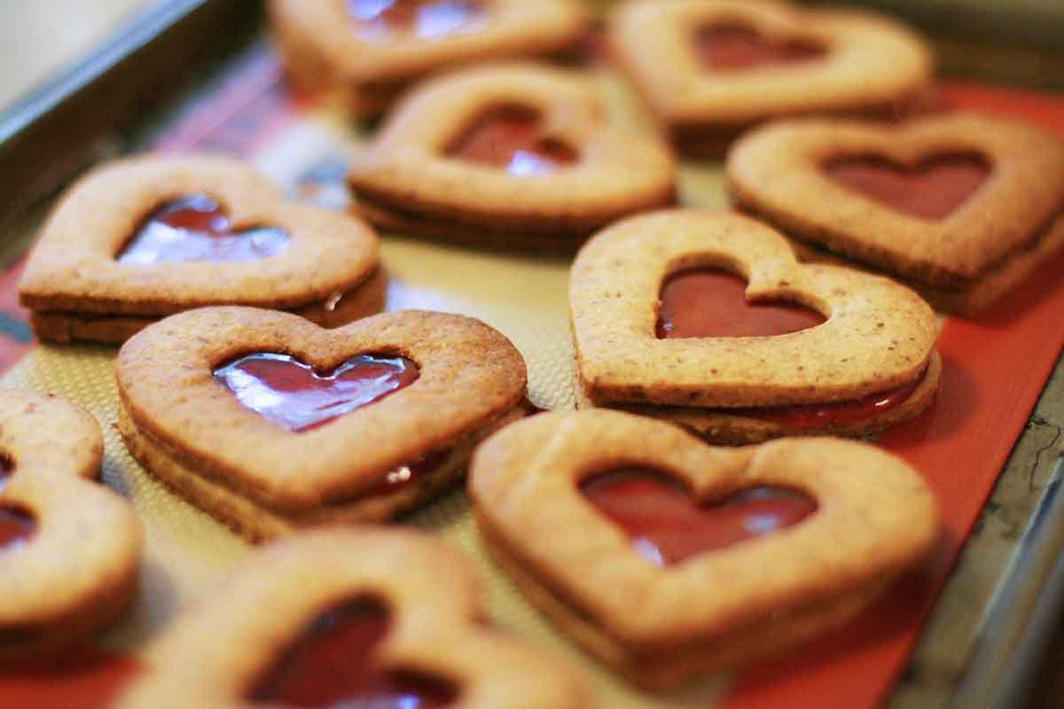 valentine-linzer-cookies-method-5