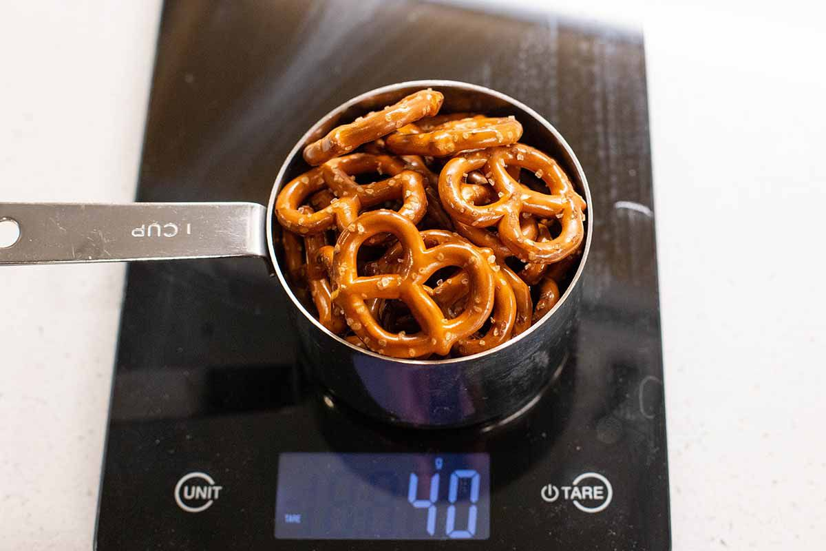 Seven Layer Bars with Peanut Butter and Pretzels weigh the pretzels