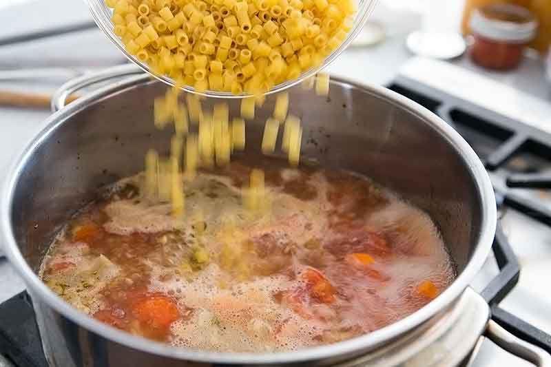 How to make pasta e fagioli - adding noodles