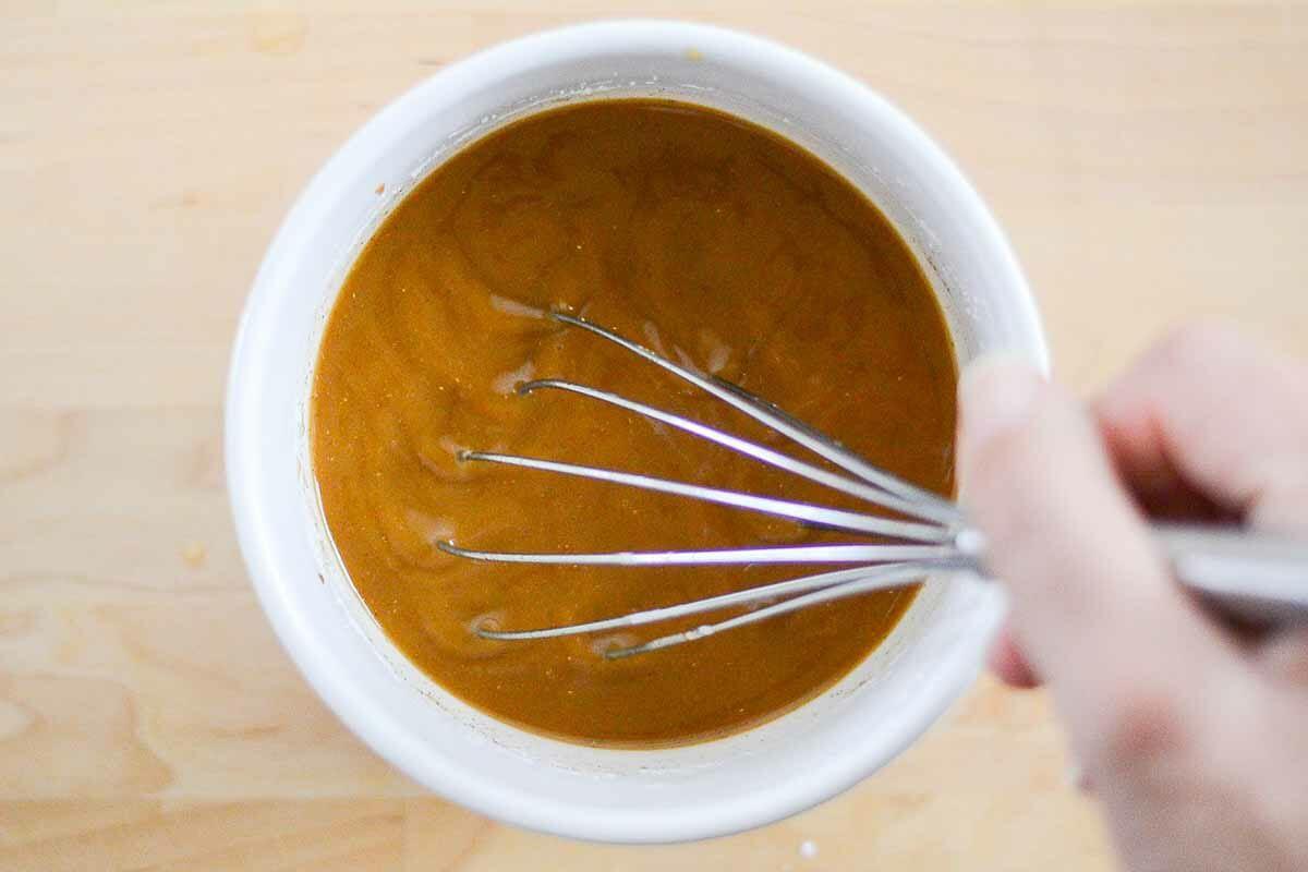 Moo Goo Gai Pan Chicken Recipe make the sauce