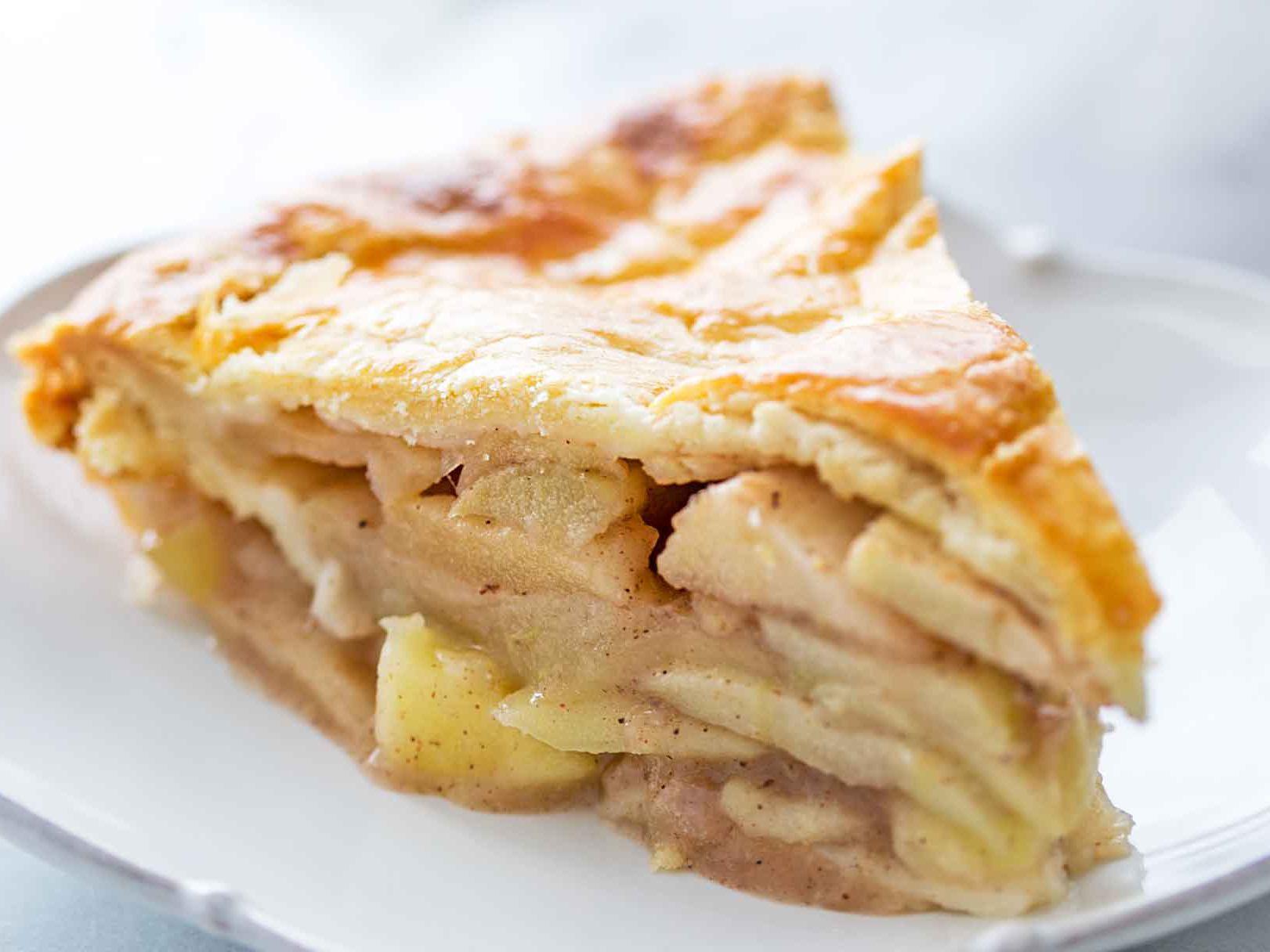 Homemade Apple Pie Just Like Mom's