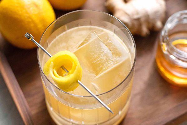 Honey, ginger, and lemon in Penicillin cocktail recipe