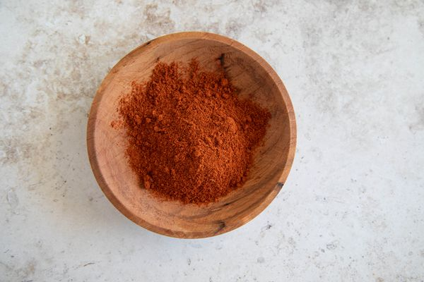 Baharat in a wooden bowl