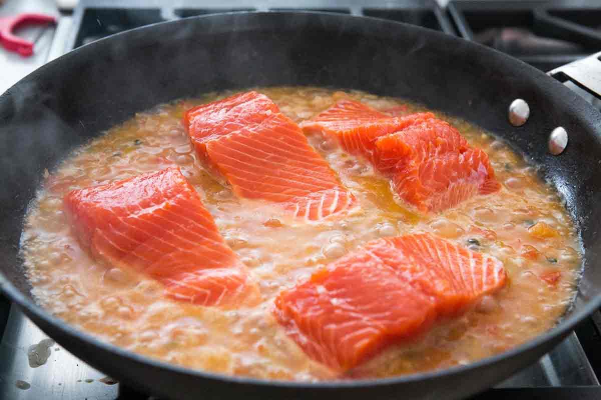 salmon-tomato-onion-capers-method-3