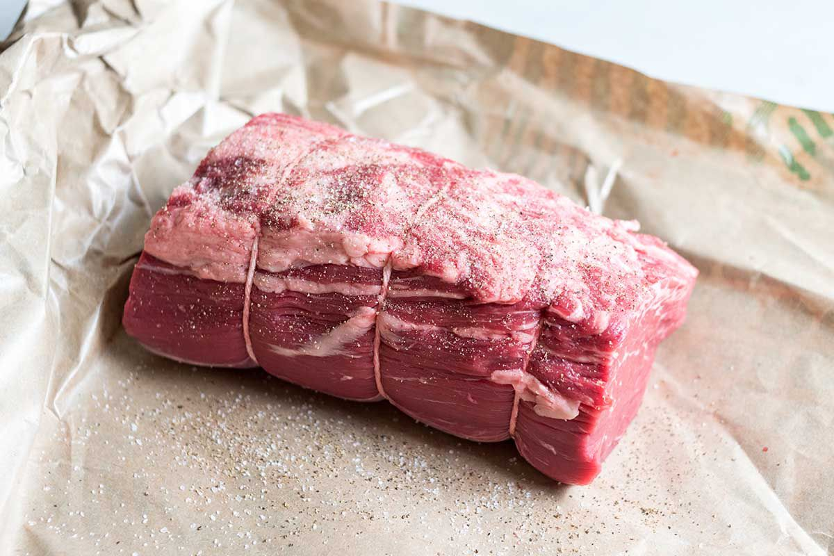 Sous Vide Beef Tenderloin with Port, Garlic, and Thyme