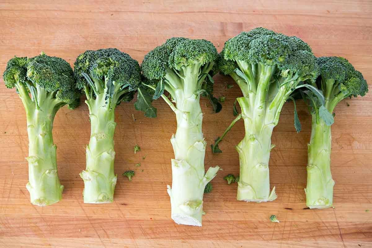 broccoli-slaw-cranberry-dressing-method-1