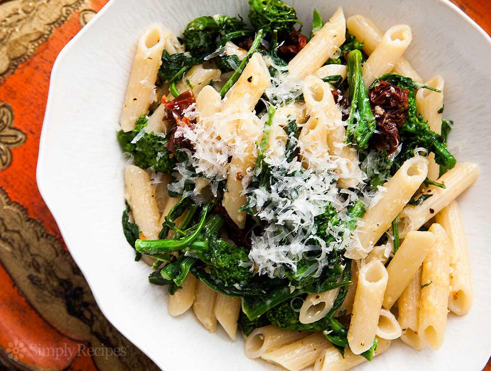 Broccoli Rabe with Pasta and Sun-dried Tomatoes