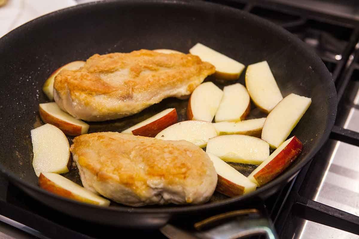 chicken-apples-honey-mustard-method-1