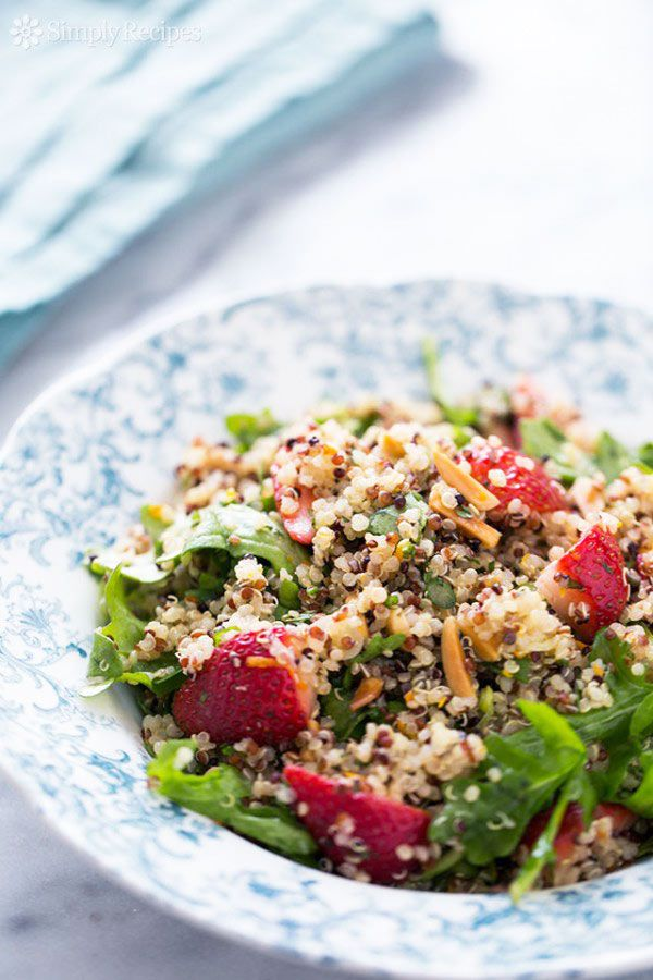 Strawberry Arugula Quinoa Salad