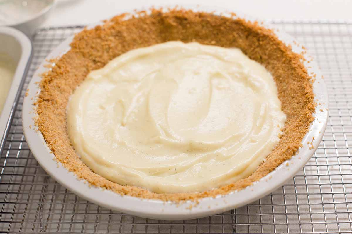 Vanilla waffer crust partially filled with vanilla pudding to make an easy homemade banana cream pie.