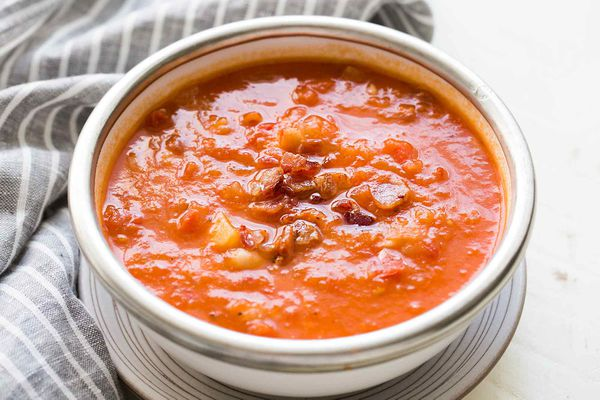 Tomato White Bean Bacon Soup