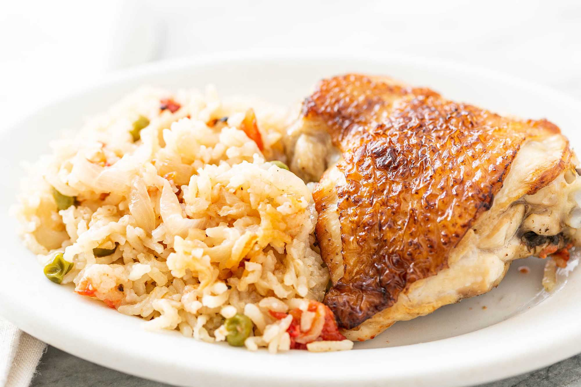 Easy Slow Cooker Chicken and Rice Casserole
