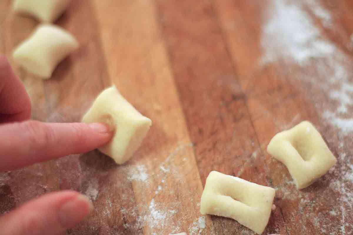 indent gnocchi pasta pieces prior to cooking