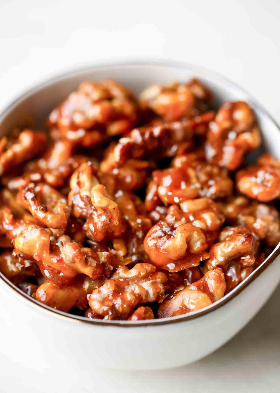 How to make caramelized walnuts
