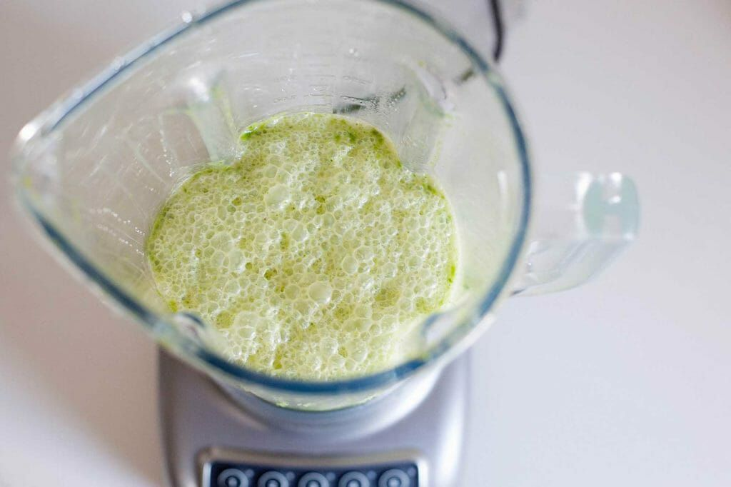 What to make in a blender - smoothies and purees