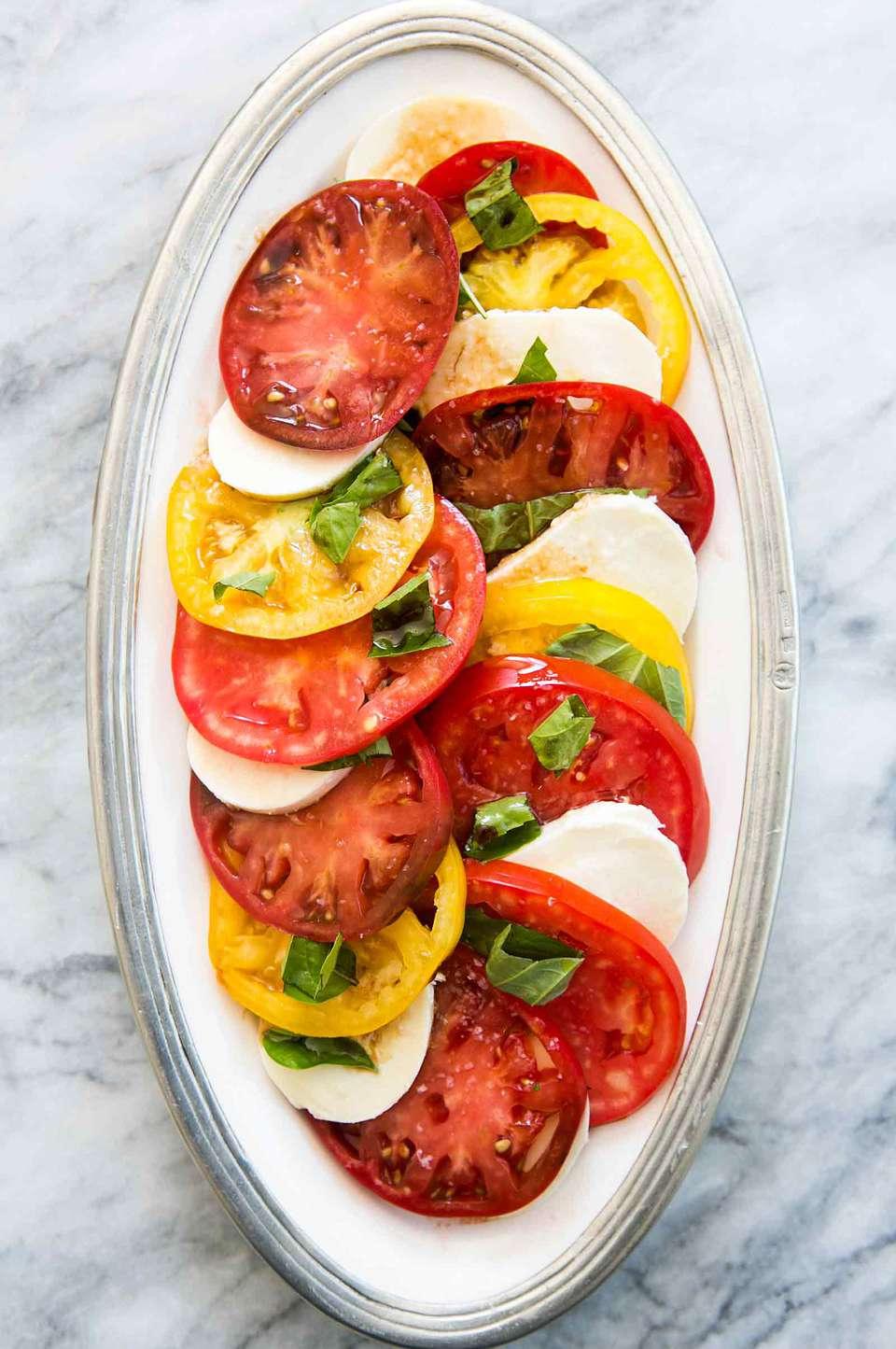 Heirloom Tomato Basil Mozzarella Caprese Salad