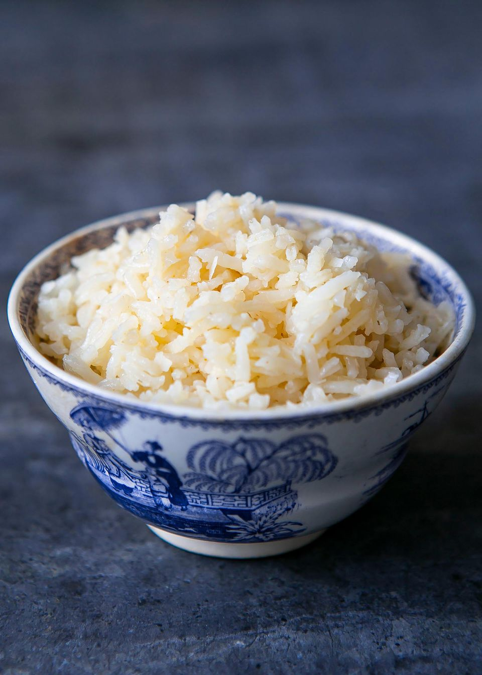 Coconut rice in a round bowl