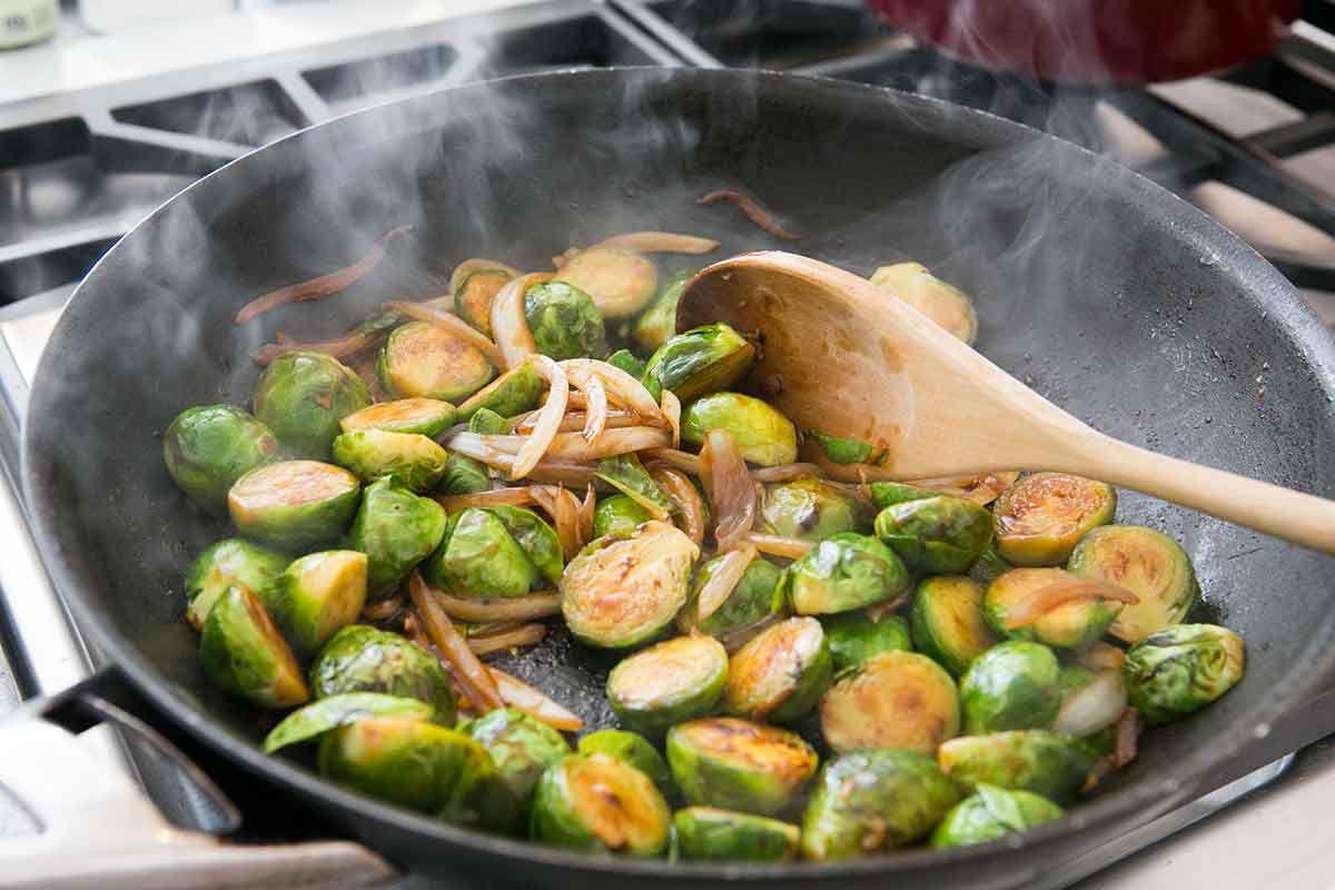 hoisin-glazed-brussels-sprouts-method-5