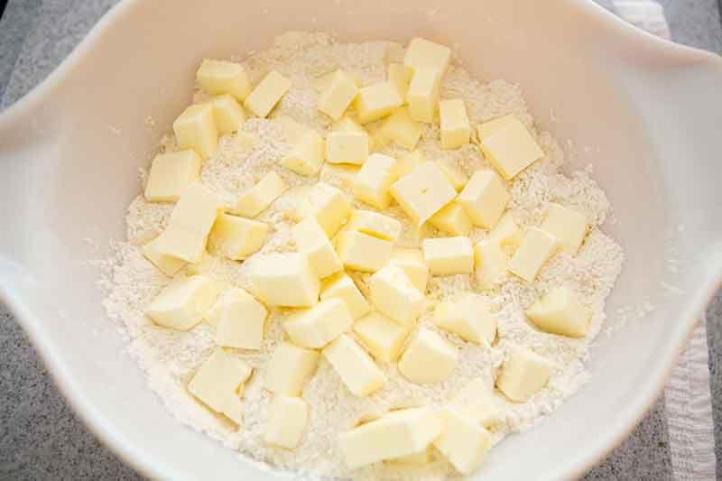 no-fail-sour-cream-pastry-crust-method-2