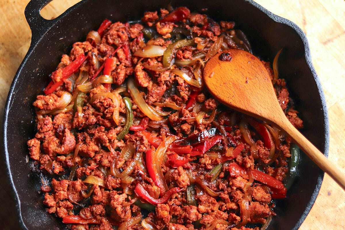 Baked Sweet Potato Recipe make the chorizo filling
