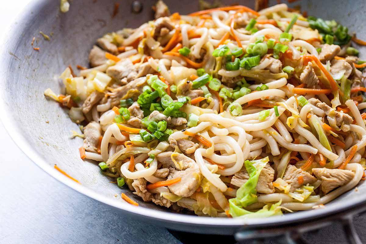 Chinese chicken lo mein serve the lo mein