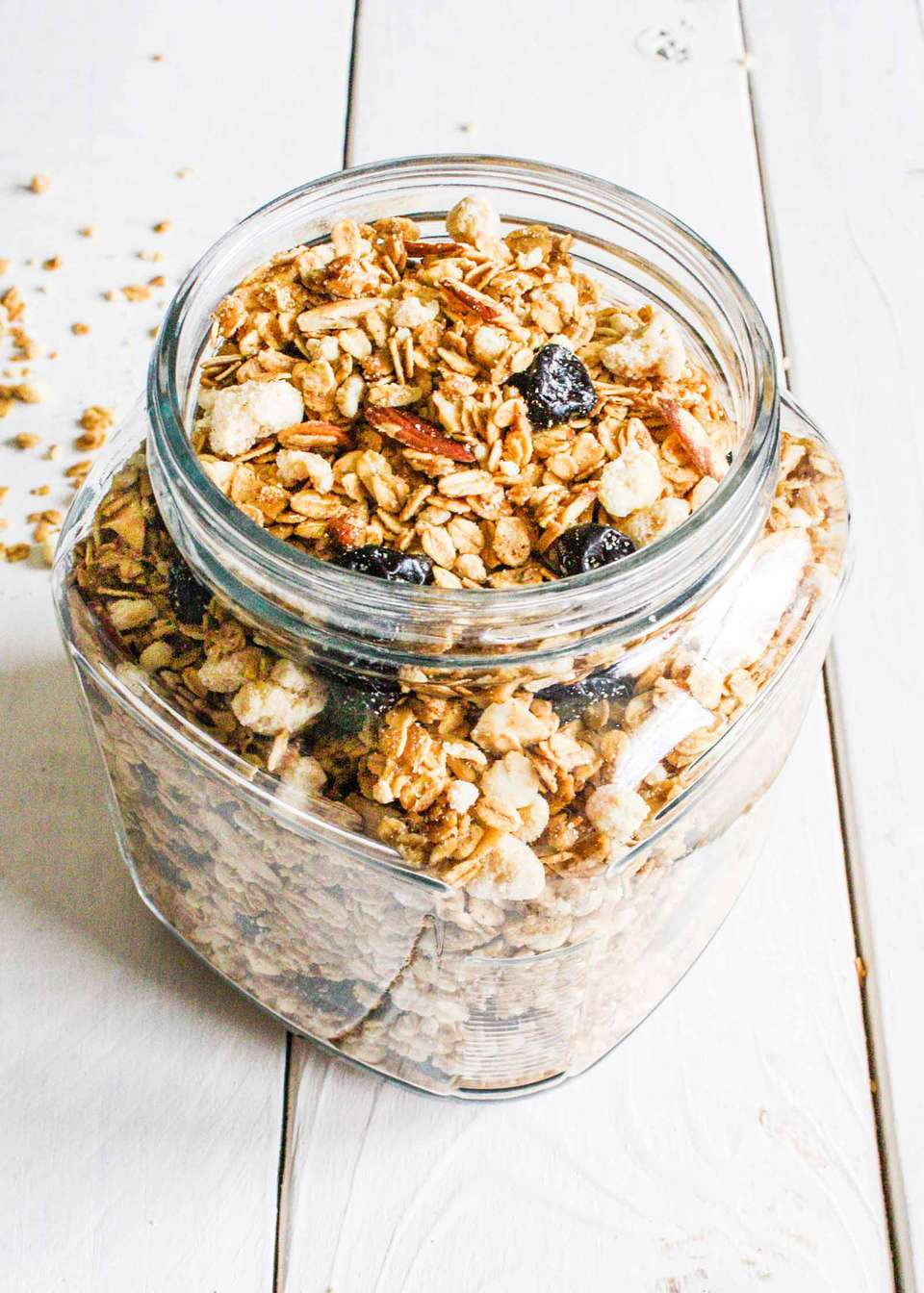 How to Make Granola with Cherries and Almonds